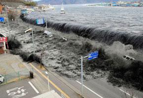 日本海啸:20个难忘的瞬间