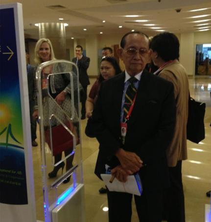 博鳌花絮:潘石屹不用憋屈了 菲律宾前总统也被拦了