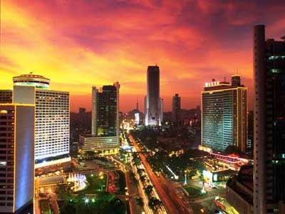 [转载]中国十大最奢侈城市 - 小草 -  高山流水