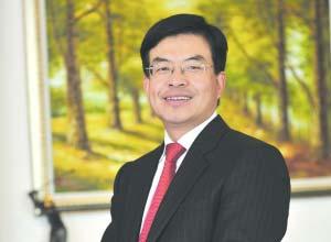 鹏华基金总经理邓召明:打造一流资产管理公司