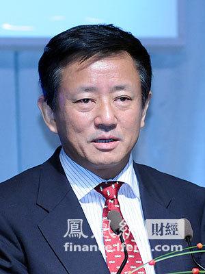 图文 央行货币政策委员会委员樊纲
