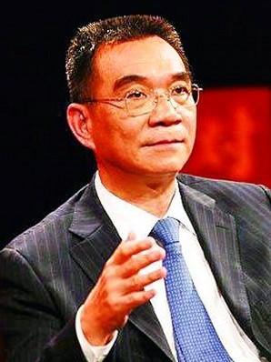 林毅夫:国企已具有竞争力 政府没理由再给国企补贴