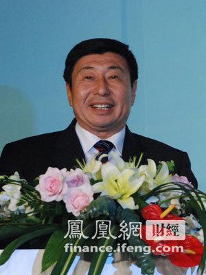 图文:青岛港集团有限公司董事长常德传