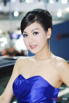 美女笑图片来源:凤凰网汽车