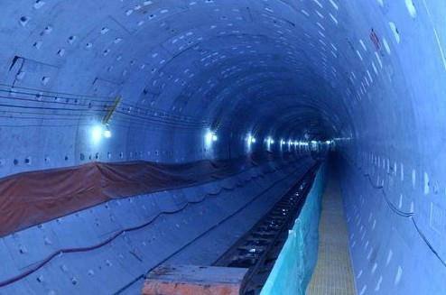 中国水电实现天津地铁西鼓区间盾构隧道双线贯通