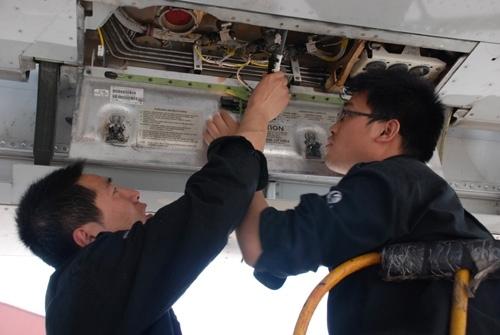 东航山西完成首架波音737ng飞机48a定检工作