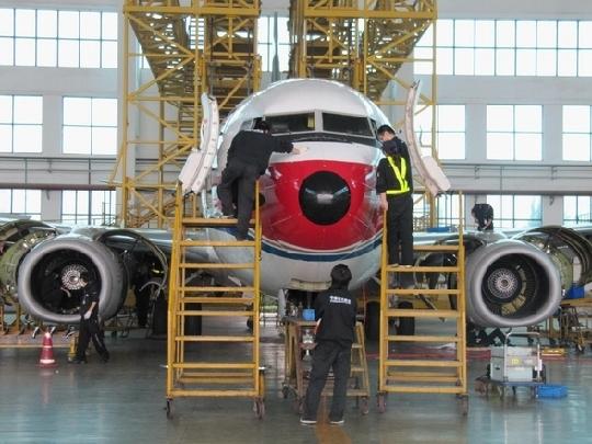 东航昆明首次完成b737—800型飞机60a检工作