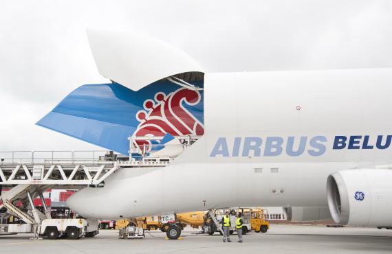 南航首架空客a380飞机进入总装阶段