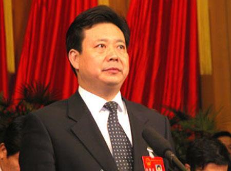中央决定李群担任青岛市委书记 阎启俊不再担任
