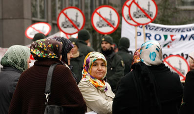 西欧移民:文明冲突进行时?图片