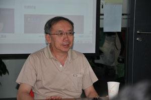 王小鲁_王小鲁:中国政治体制改革太落后了_财经_凤凰网