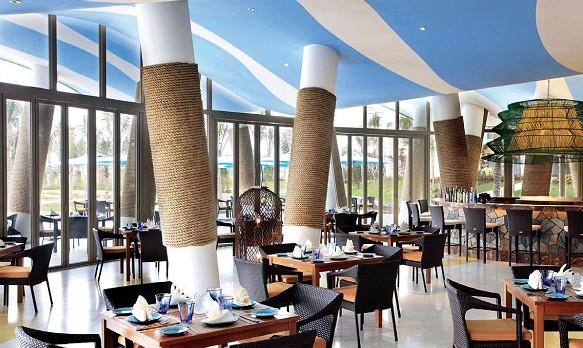 """海棠湾:奢华度假区的世界""""酒店走廊"""""""