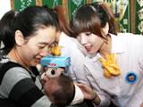 贝因美爱心大使回访多胞胎家庭