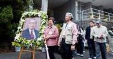 http://news.ifeng.com/history/vp/200904/0413_5626_1103607.shtml